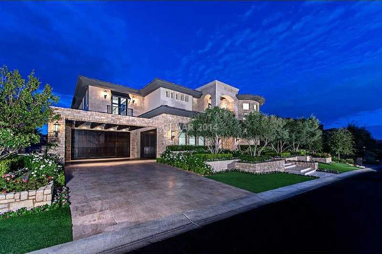 Aaron rowand 39 s las vegas mansion on sale for 6 39 million for Home for sale in las vegas with pool
