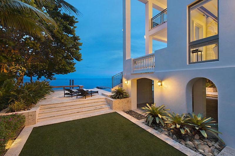 lebron james selling his miami mansion for 17 million. Black Bedroom Furniture Sets. Home Design Ideas