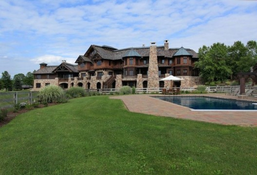 Mountain Luxury Estate in New Jersey on Sale for $7,9 Million