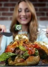 £1,100 Glamburger – World's Most Expensive Burger