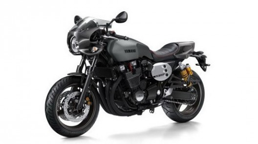 Yamaha XJR1300 And XJR1300 Racer