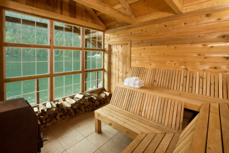 All inclusive packages at waterfall group s steamboat bay for Alaska fishing lodges all inclusive