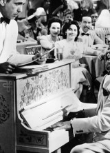 "Piano From The Movie ""Casablanca"" Sold For $3.41 MIllion"