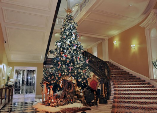 Dolce & Gabbana Christmas Tree for Claridge's