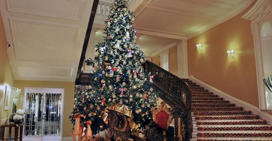 Dolce & Gabbana Christmas Tree for Claridge's