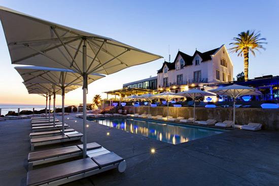 Farol design hotel in cascais portugal extravaganzi for Design hotel portugal