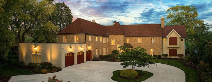 Lake Michigan Estate to be Auctioned to Highest Bidder