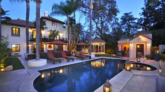 Marc Anthony's Encino Home on Sale for $2,75 Million