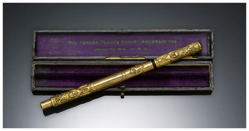 Parker Aztec Gold-Filled Fountain Pen Leading At Bonhams Auction