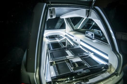 Die - Drive In Style In Rolls-Royce Phantom Hearse