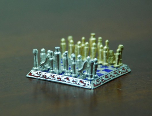 World's Smallest Chess Set Made Out of Precious Metals