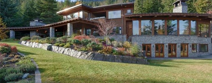 Canadian Secluded Mountian Retreat on Sale