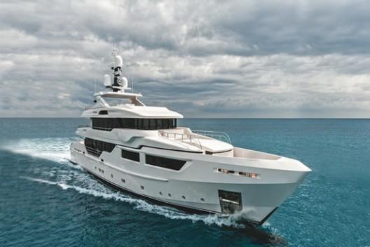 Entourage - Admiral Maxima 47 Superyacht