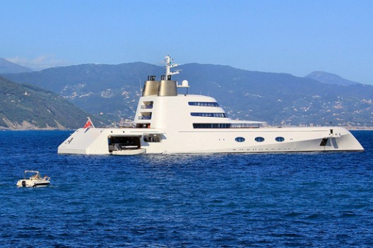 Russian billionaire Andrey Melnichenko has became the owner of another luxury yacht