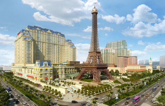 Paris Eiffel Tower Comes in Macau