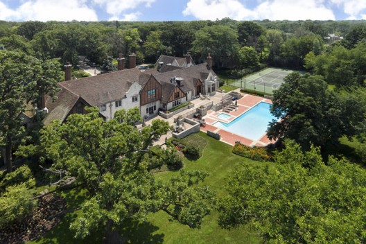 Breathtaking Private Retreat, Illinois on Sale for Just $5,4 Million