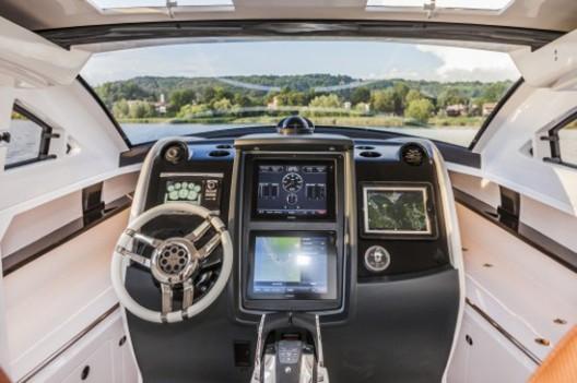 Revolver Boats Gran Turismo Among the Finalists at the 2015 Motor Boat Awards