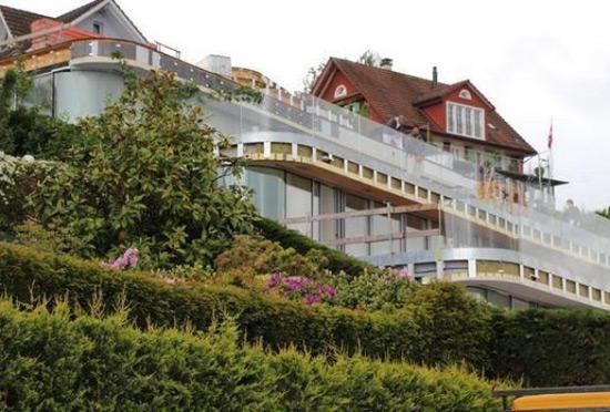 Roger Federer Bought 10 Million House Extravaganzi