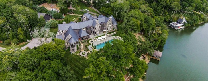 Secluded Tennessee Lakefront Retreat on Sale for $5,6 Million