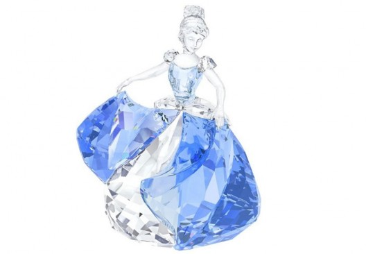 Swarovski's Cinderella 2015 Pays Tribute To The Upcoming Disney Movie