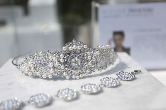First Swarovski Collection of Hair Accessories by Ye Mingzi