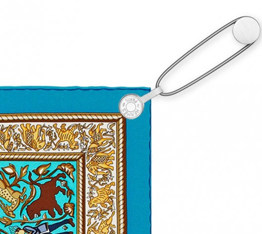 Hermès Scarf Hanging System