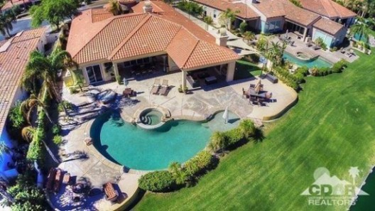 Johnny Bench Sold Two Homes After Buying New Home In Florida