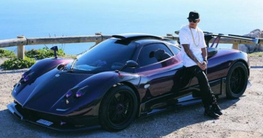 Lewis Hamilton Showed Its New Pagani Zonda760LH