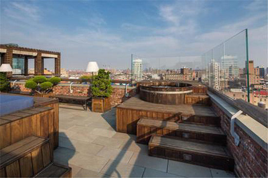Ron burkle 39 s sky high manhattan penthouse on sale for for Luxury penthouses in manhattan