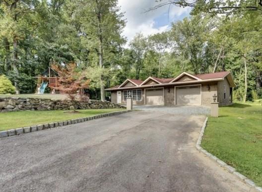 Teresa Giudice Drastically Drops Price Of New Jersey Big House