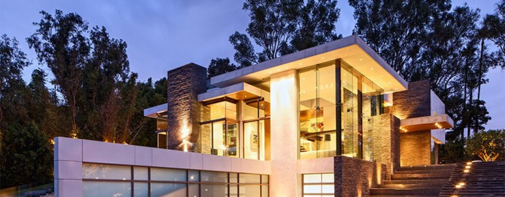 Beverly Hills Contemporary by Whipple Russell Architects
