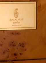 Luxury Burj al-Arab Hotel Orders iPhone 6 In Gold