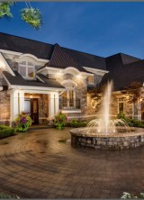 Dream Lakefront Kelowna Mansion On Sale