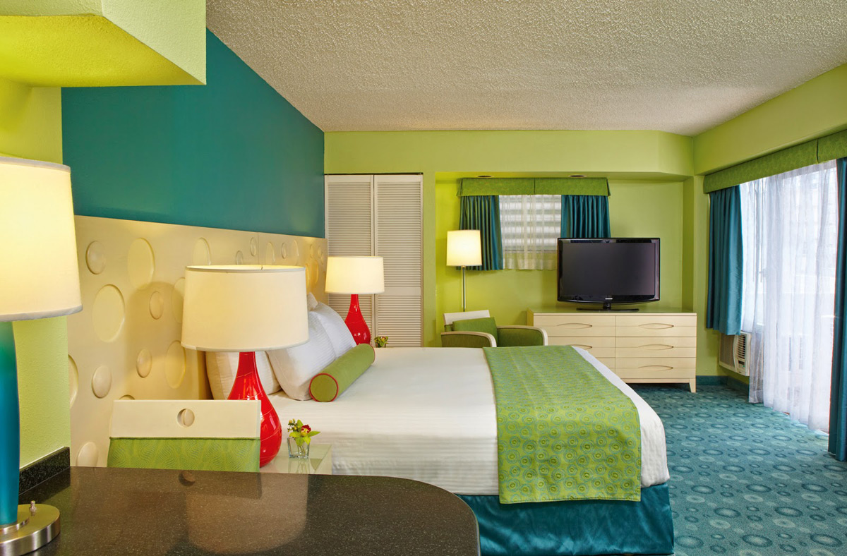 joie de vivre s hawaii hotels offers fun packages. Black Bedroom Furniture Sets. Home Design Ideas