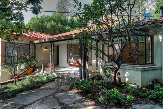 Topher Grace's Hollywood Hills Home on Sale for $1.599 million