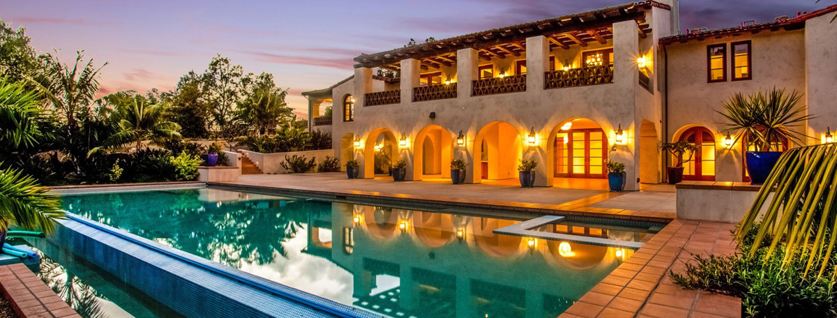 Casa de Los Morros, Rancho Santa Fe at Auction Without Reserve