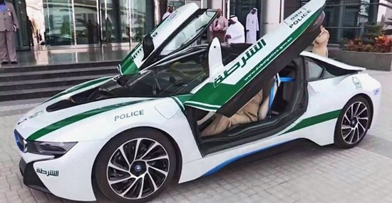 Dubai Police Adds BMW i8 To Its Fleet