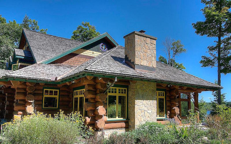 Ontario 39 s lake of bays dream home on sale extravaganzi for Dream homes ontario