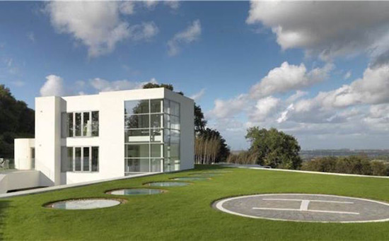 Steppingstone - James Bond Style Mansion Listed on Sale for £4.75 Million
