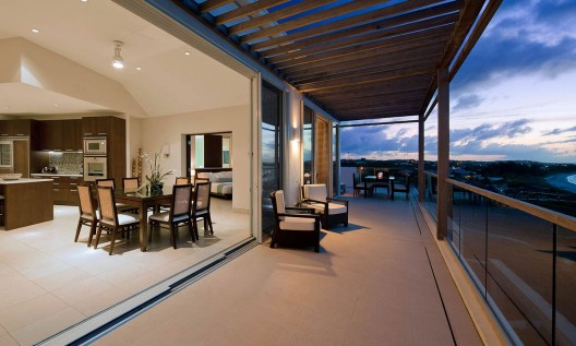 Penthouse to Penthouse - Gansevoort's Luxury Island-Hopping Package