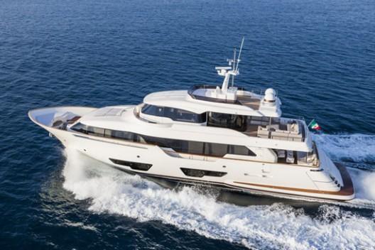 Luxury Navetta 28 Yacht By Ferretti