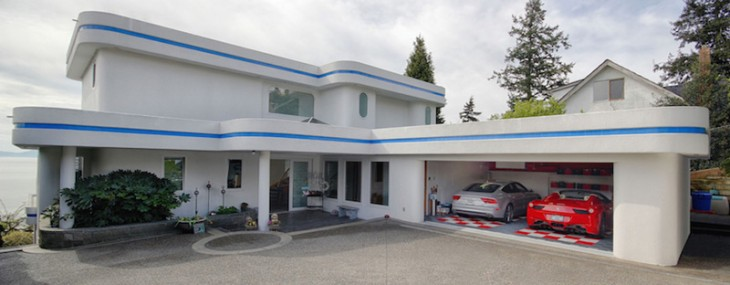 White Rock Waterfront Mansion on Sale