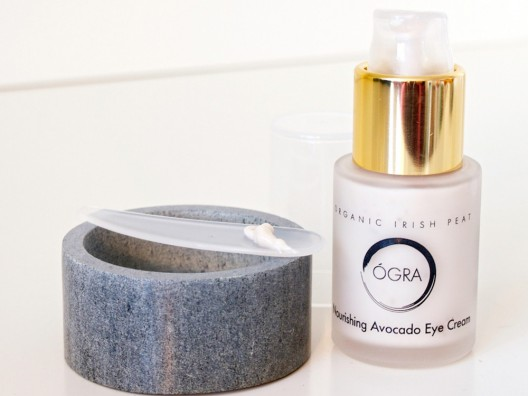 Ógra Skincare Cosmetics Restores Skin to a Youthful State
