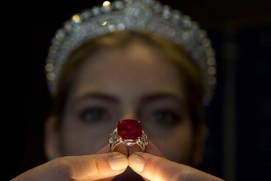 Cartier's Sunrise Ruby