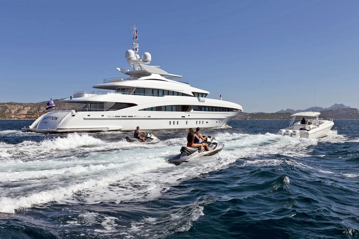 Inception Yacht For Charter