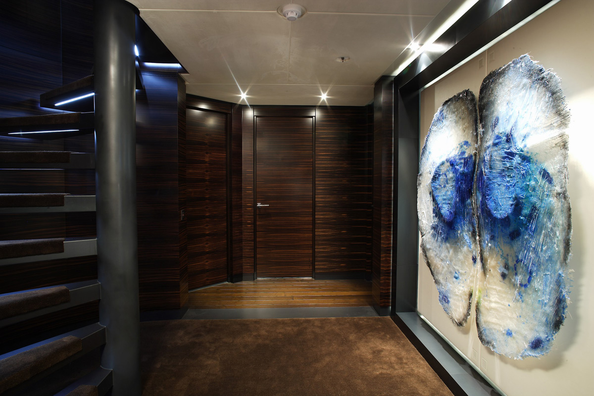 Yamaha Vx Deluxe >> Inception Yacht For Charter - eXtravaganzi