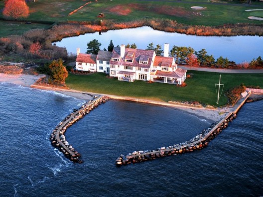 Katherine Hepburn's seaside Connecticut home