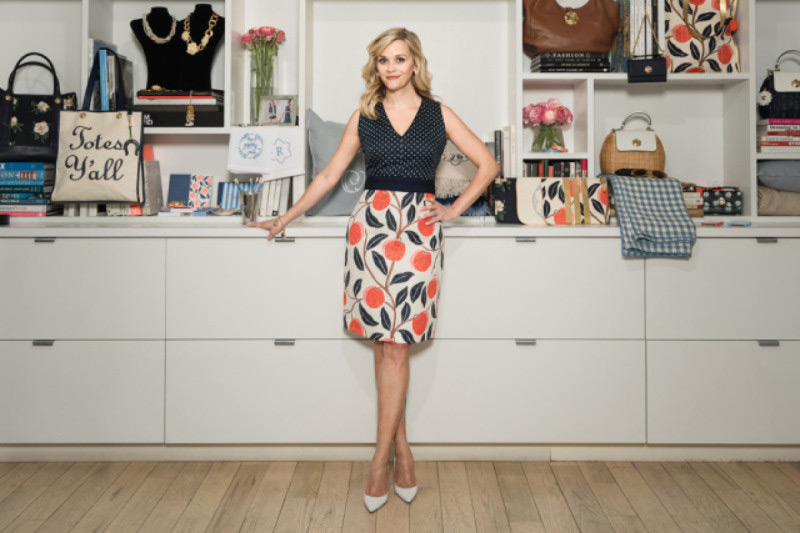 Draper James - Reese Witherspoon's Fashion Line - eXtravaganzi Reese Witherspoon Clothing Line
