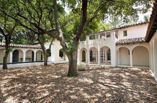 Calvin Klein's Miami Beach Home