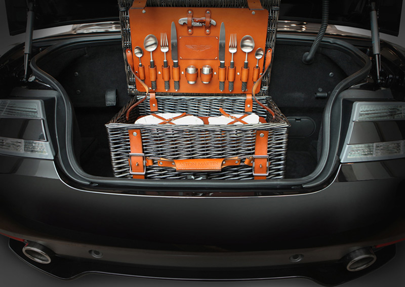 New Grant Macdonald Aston Martin Picnic Hamper